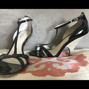 Nicole Miller New York black patent leather heels